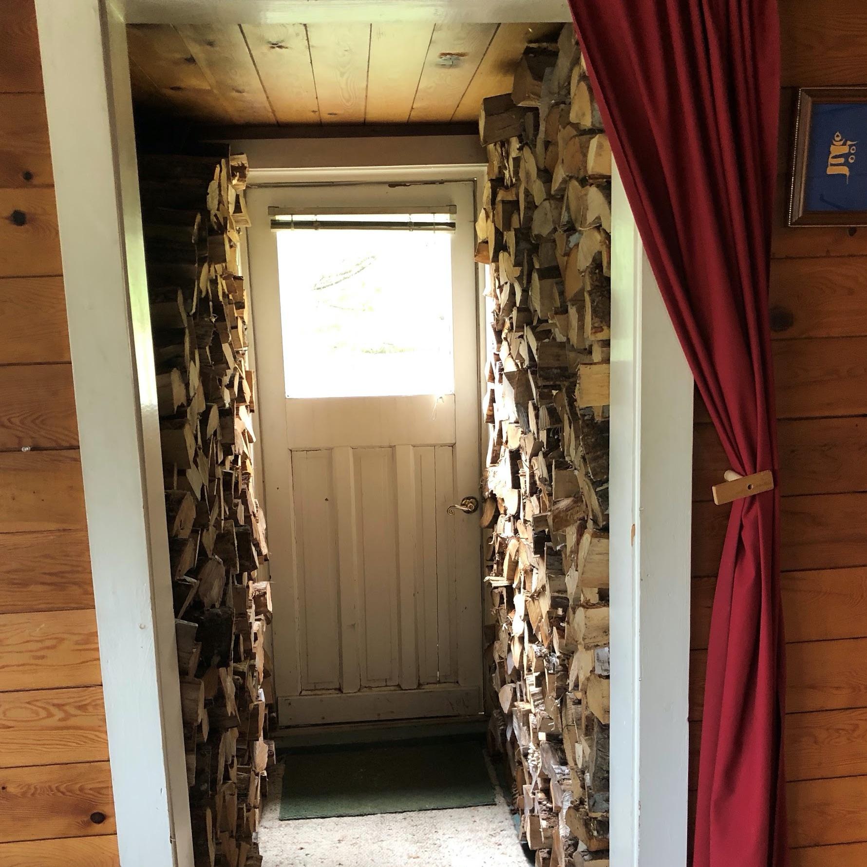 buddhalocana-wood-entrance
